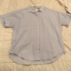 Never worn. H&M button up shirt. Size 0/S/M/
